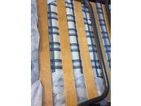 Sturdy Z BED with headboard