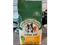 James wellbeloved dry food for junior dogs