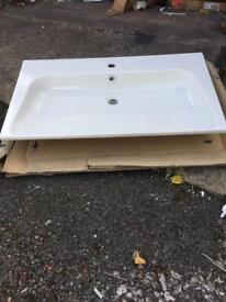 Big sink about 900 bargain cost £280 take £80 brand new