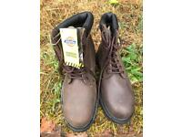 Boots industrial steel toes. Dickies size 10 kynox riggers oil res anti slip size 11