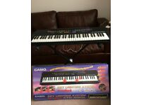 Casio Key Lighting System Songbook Keyboard CTK-520L with Keyboard Stand