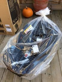 Mamas and Papas brand new boxed Aton CBX group 0+ Black car seat