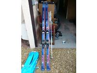 2 pairs of Skis and bindings ('Rossignol' and 'VOLKL') plus ski bag