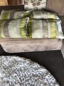 Cushions in green striped
