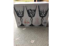 6 Goblet Wine Glasses