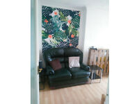 Furnished 2 Bed Flat - Queens Rd close to station and EVERYTHING else!