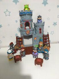 Knight castle play set