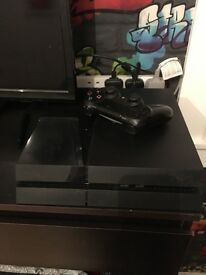 PlayStation 4 rarely used, gc 1 controller, £160 ono