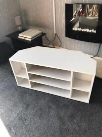 Corner Tv Unit / White