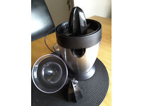 Russell Hobbs electric fuit juicer