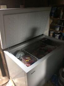 Bush chest freezer. Very good condition. Width 111.5 cm. Depth 67 cm. Height 85 cm