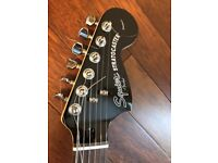 Squier standard big headstock black and chrome