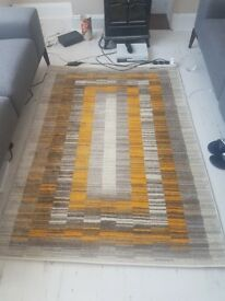 Brand new stunning rug gold and grey