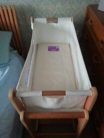 Snuzpod2 3 in one bedside crib