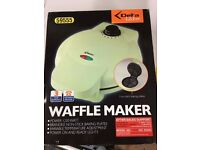 Delta Kitchen - Waffle Maker