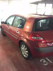 unused, must go - Renault Megane Red 2006 1.6 HATCHBACK 5 Door full service history