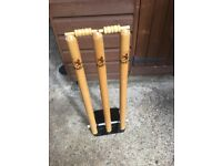 CRICKET STUMPS Readers Spring Back Cricket Stumps in very good condition. Comes with bails.