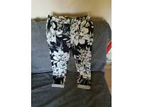 Atmosphere trousers size 8 women's.