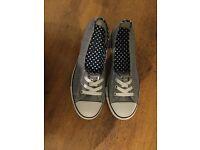 Converse dance lace - navy chambray polka dots