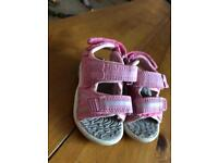Girls pink sandals size 4
