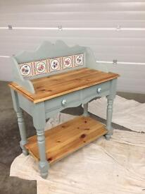 Painted furniture Chabby chic/shabby chic kitchen unit