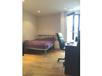 MASSIVE THREE BEDROOM THAT CAN BE USED AS A FOUR BED - NW8 ST JOHNS WOOD