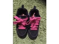 Girls Heelys Heeleys wheel trainers size 2