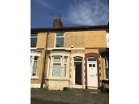 Two Bed Mid Terrace To Let In Kensington L7- £475pcm!