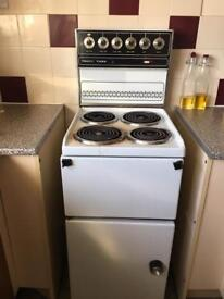Electric oven !!!FREE!!!