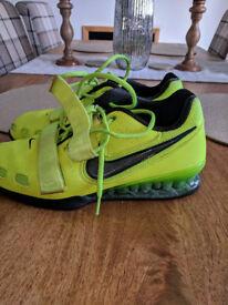 Nike Romaleos 2 Weightlifting Shoe - size 9.5