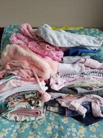 Big bag baby girl 6-9mo clothes (Great condition)