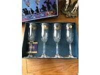 Set of 4 crystal glasses champagne flutes