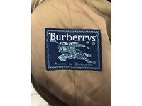 Burberry tailored brown mens coat - size large (worn just once)