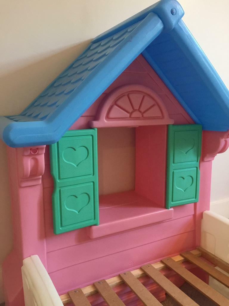 Reduced fantastic little tikes cosy cozy cottage for Cozy cottage toddler bed