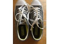 Grey all star trainers men women converse size 6.5 in fab condition