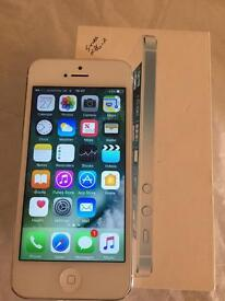 Apple iPhone 5 White Vodafone Talk Talk Lebara locked Pristine Condition boxed 0086