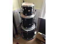 Pearl Forum Drum Kit Black 12, 16, 22