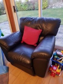 Black Recliner Armchair - Very Comfy