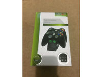 Xbox360 twin controller docking station including original box