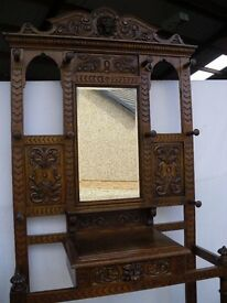 SOLID VICTORIAN GOLDEN OAK CARVED HALLSTAND