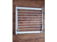 Lindam Easy-Fit Plus Deluxe Safety Gate