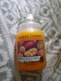 Large yankee candle