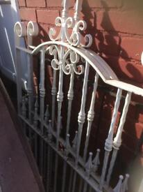 Metal drive gates with posts