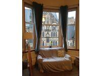 room to rent in 4 bedroom student flat in bruntsfield
