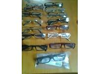 READING GLASSES 15 PAIRS.