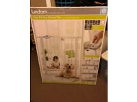 Lindam baby stair gate - brand new