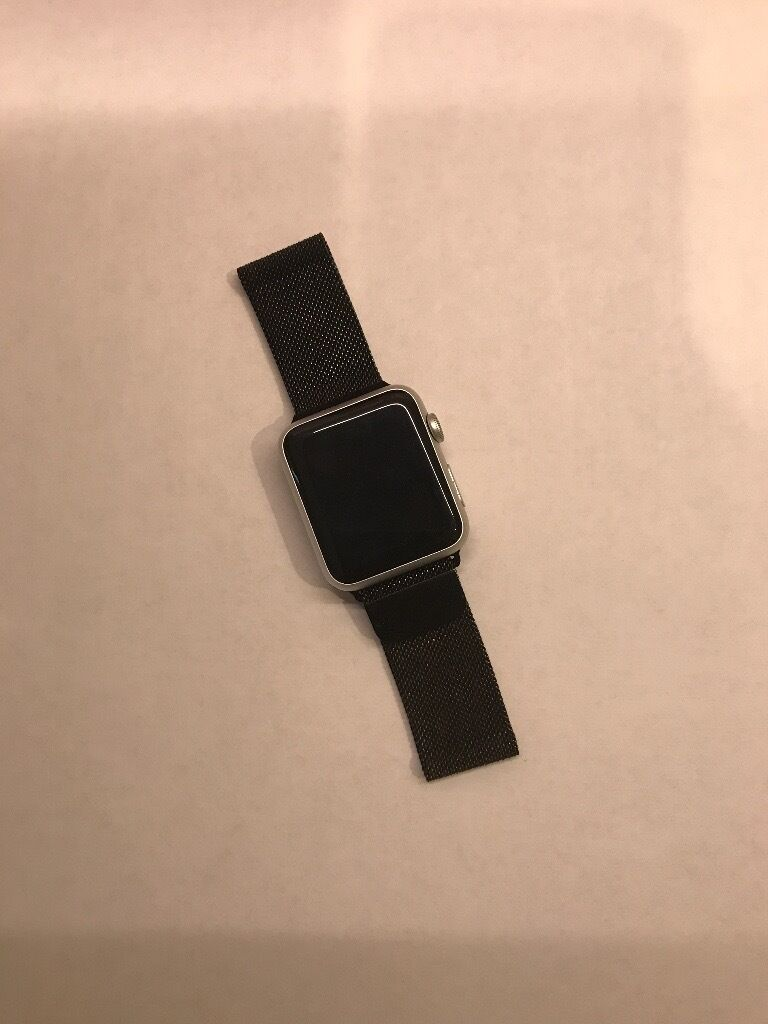 Apple Watch Silver, original series 1 for saleVery good condition! Offers are welcomedin Norwich, NorfolkGumtree - Apple Watch original series 1 in silver for sale Item is in very good condition (as can be seen above) with only light cosmetic wear and tear. Has been used for about 4 months but have been gifted series 2 so do not need this one anymore. Comes with...