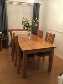 Dining Room Table X4 chairs!