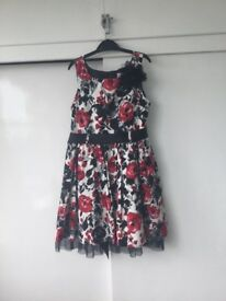Girls Dress - Age 7 - 8