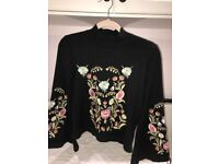 Beautiful Embroidery Drawstring Lantern Sleeve Sweater